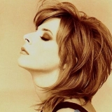 Mylene-Farmer-hairstyle