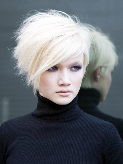 Прически для коротких волос: 11 идей + 22 фото