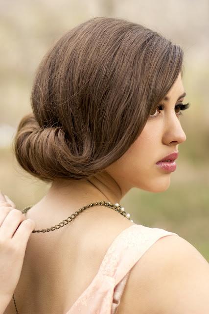 свадебная прическа для длинных волос фото улиточка