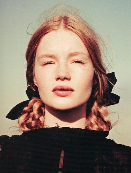 рыжие длинные волосы косы