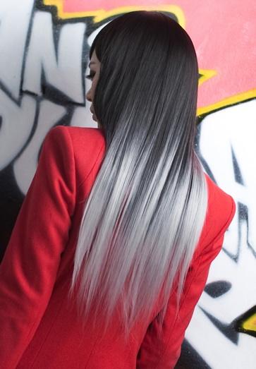 серые кончики на темных волосах