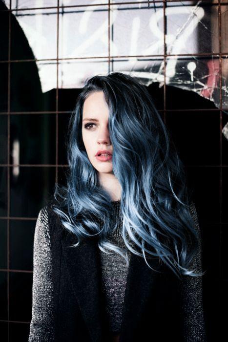 омбре с синими волосами