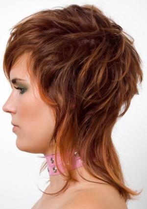 Рваная стрижка на короткие волосы фото с челкой