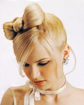 прическа бант из волос10