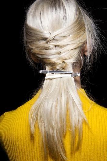 прическа на длинные волосы фото 2