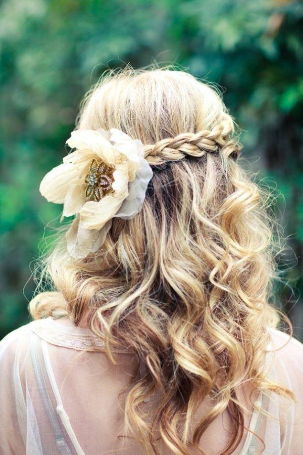 Фото картинки причёсок с цветами
