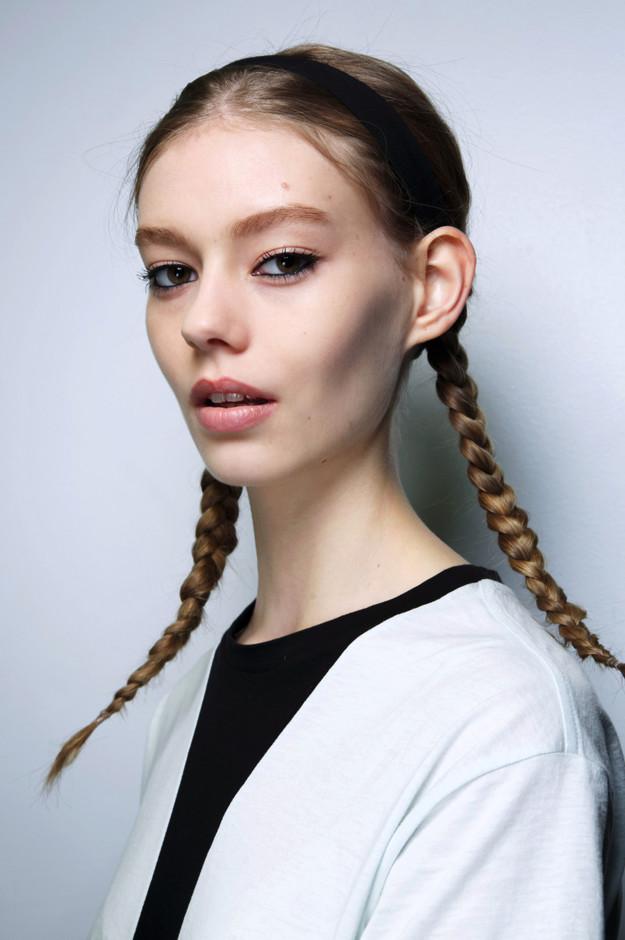 прически, которые портят волосы