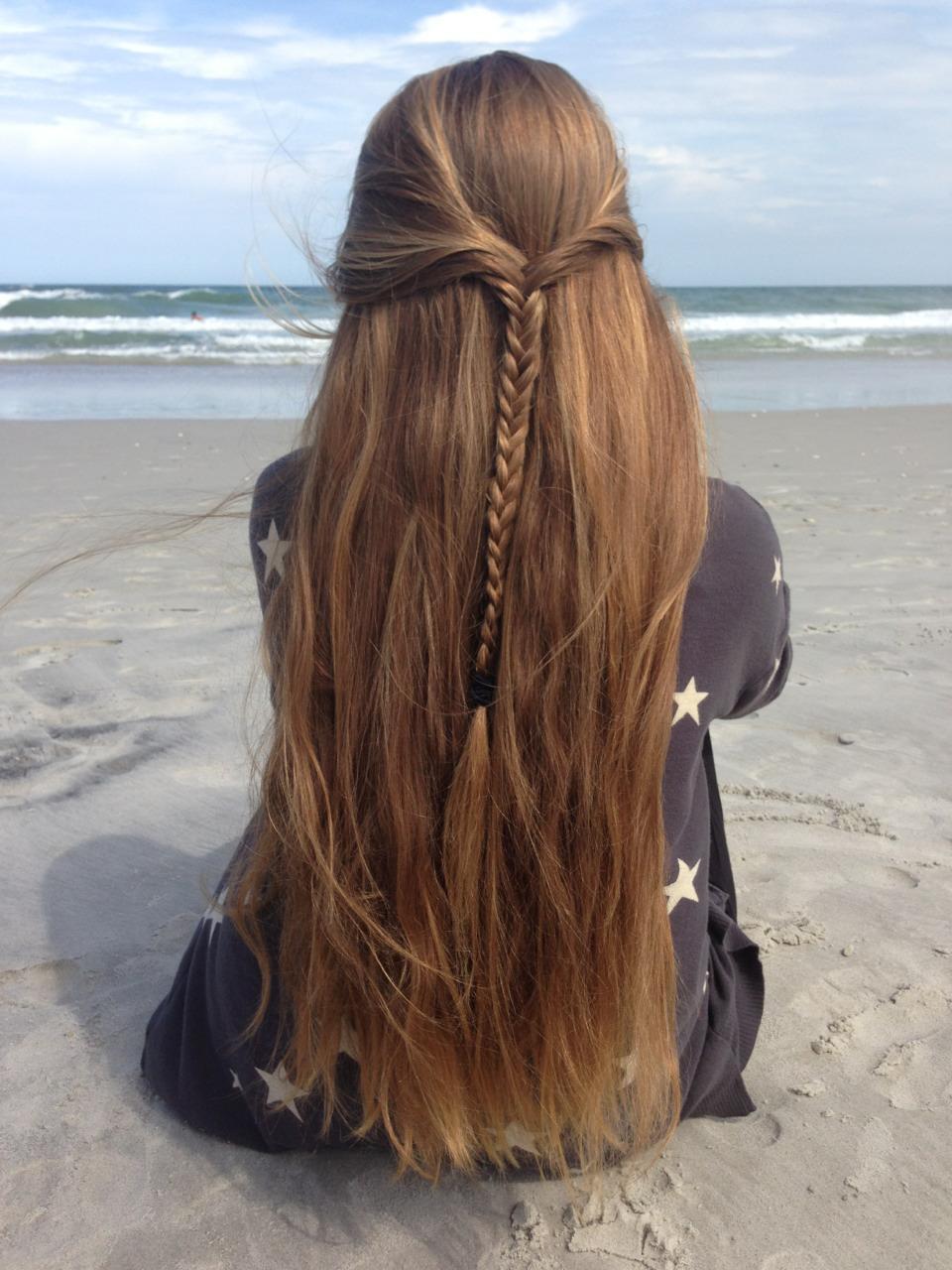Фото красивых девушек с темными волосами 18 фотография