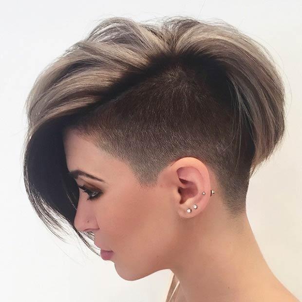 Стрижки с выбритым виском на средние волосы