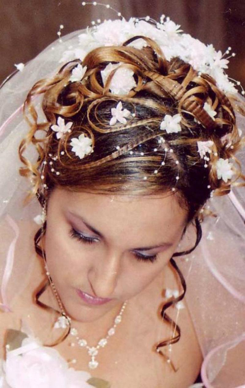 Устаревшие свадебные прически: фото 7
