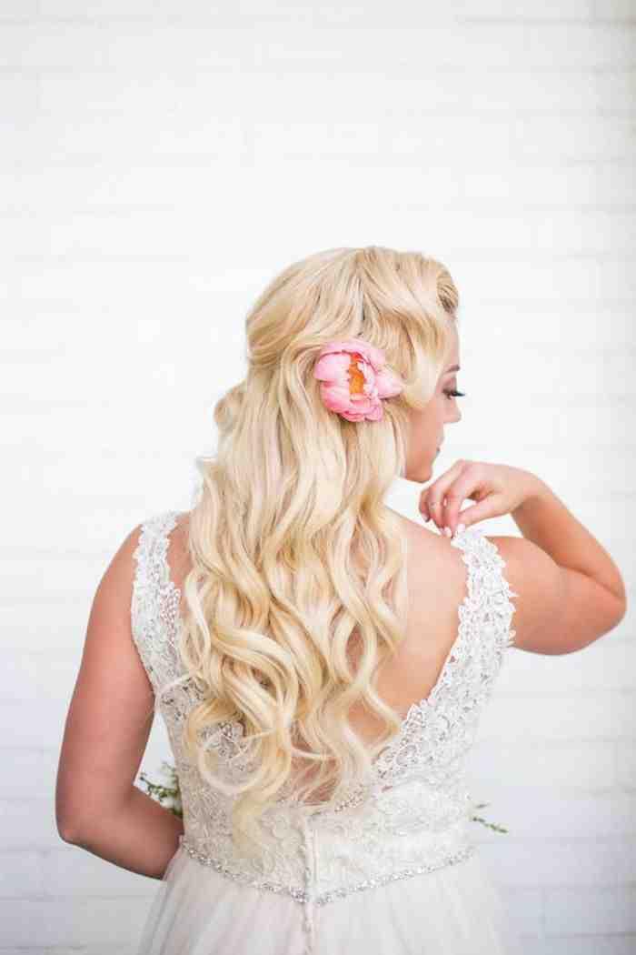 Свадебная прическа 2016: фото 11