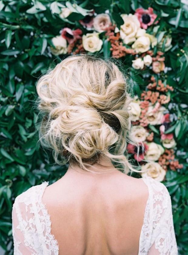 Свадебная прическа 2016: фото 29