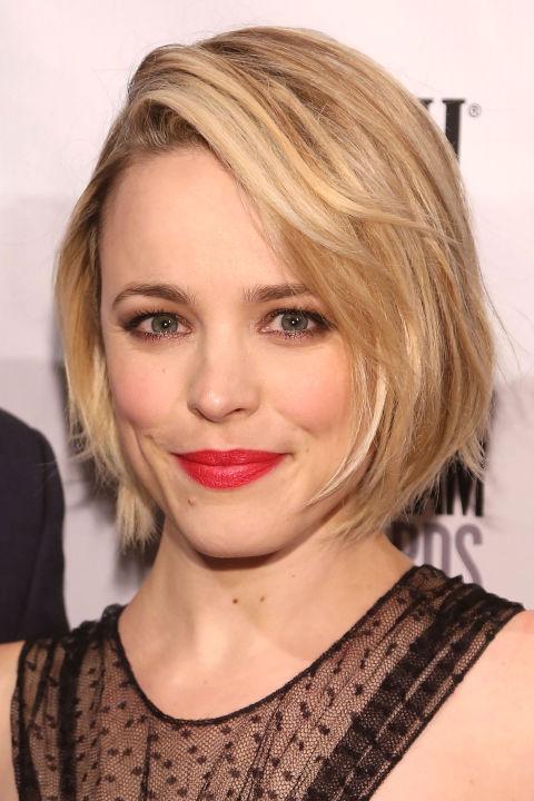 17 идеальных стрижек для блондинок: Рэйчел МакАдамс