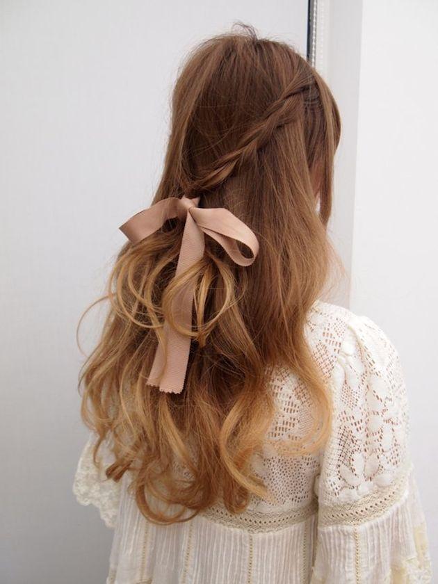 свадебные прически на полураспущенные волосы: фото 7
