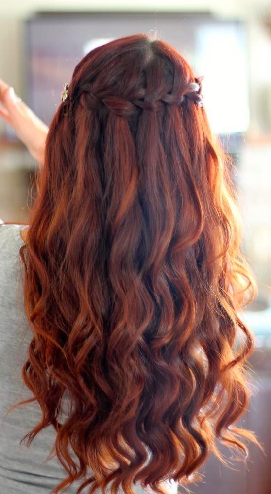 Прически на полураспущенные волосы: фото 5