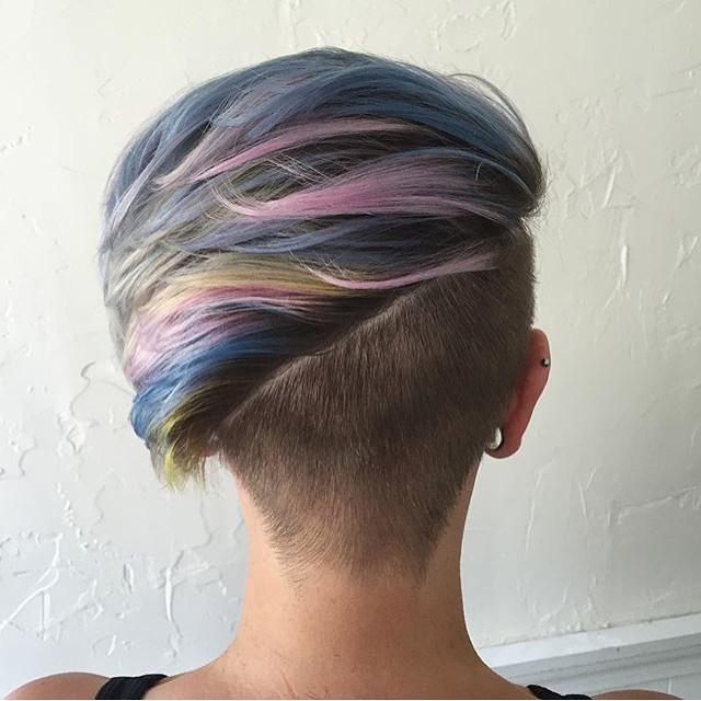 прически с помощью мелков для волос: фото 55