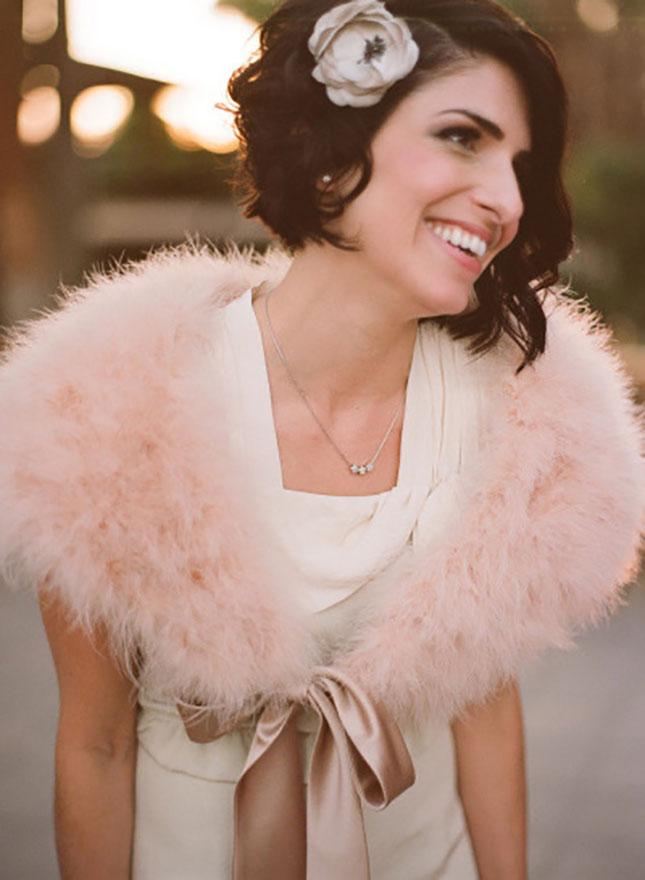 свадебные прически на короткие волосы: фото 22
