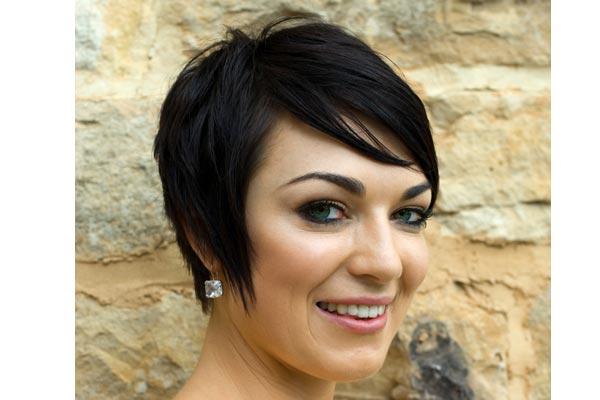 укладки для коротких волос: фото: 44