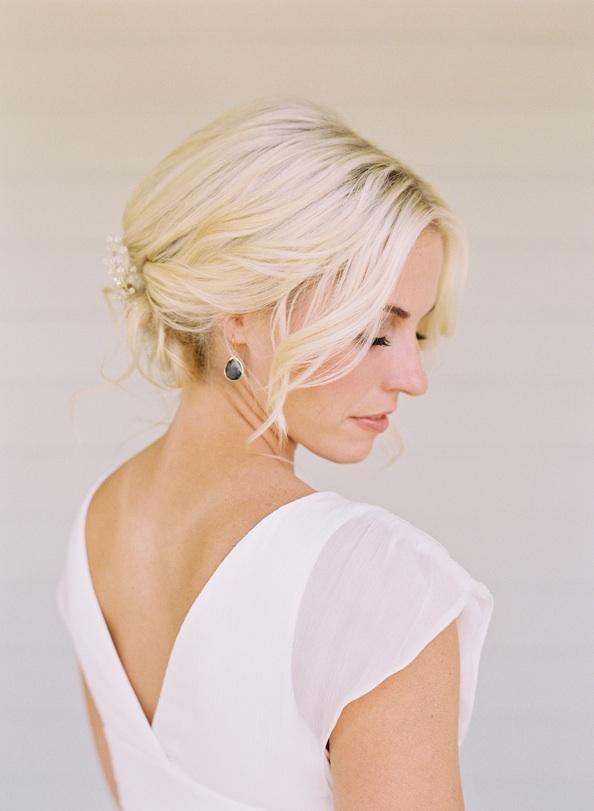 Лучшие свадебные прически на короткие волосы: фото 15