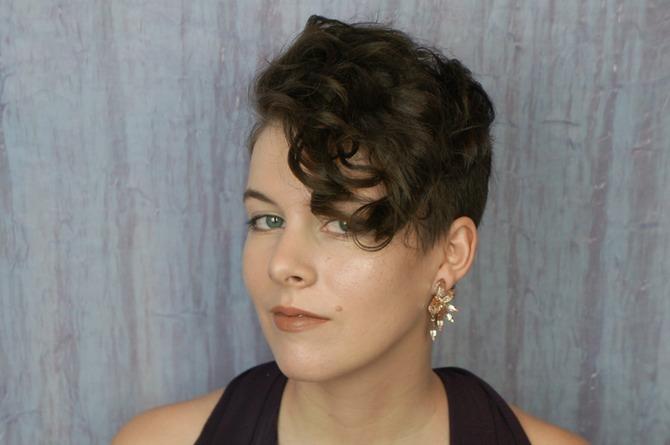 укладки для коротких волос: фото: кудри3