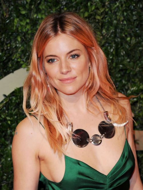 sienna-miller-at-2013-british-fashion-awards-in-london