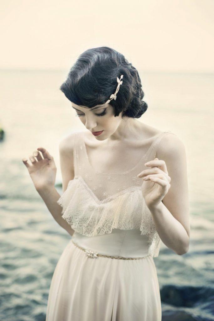 свадебные прически на короткие волосы: фото 60