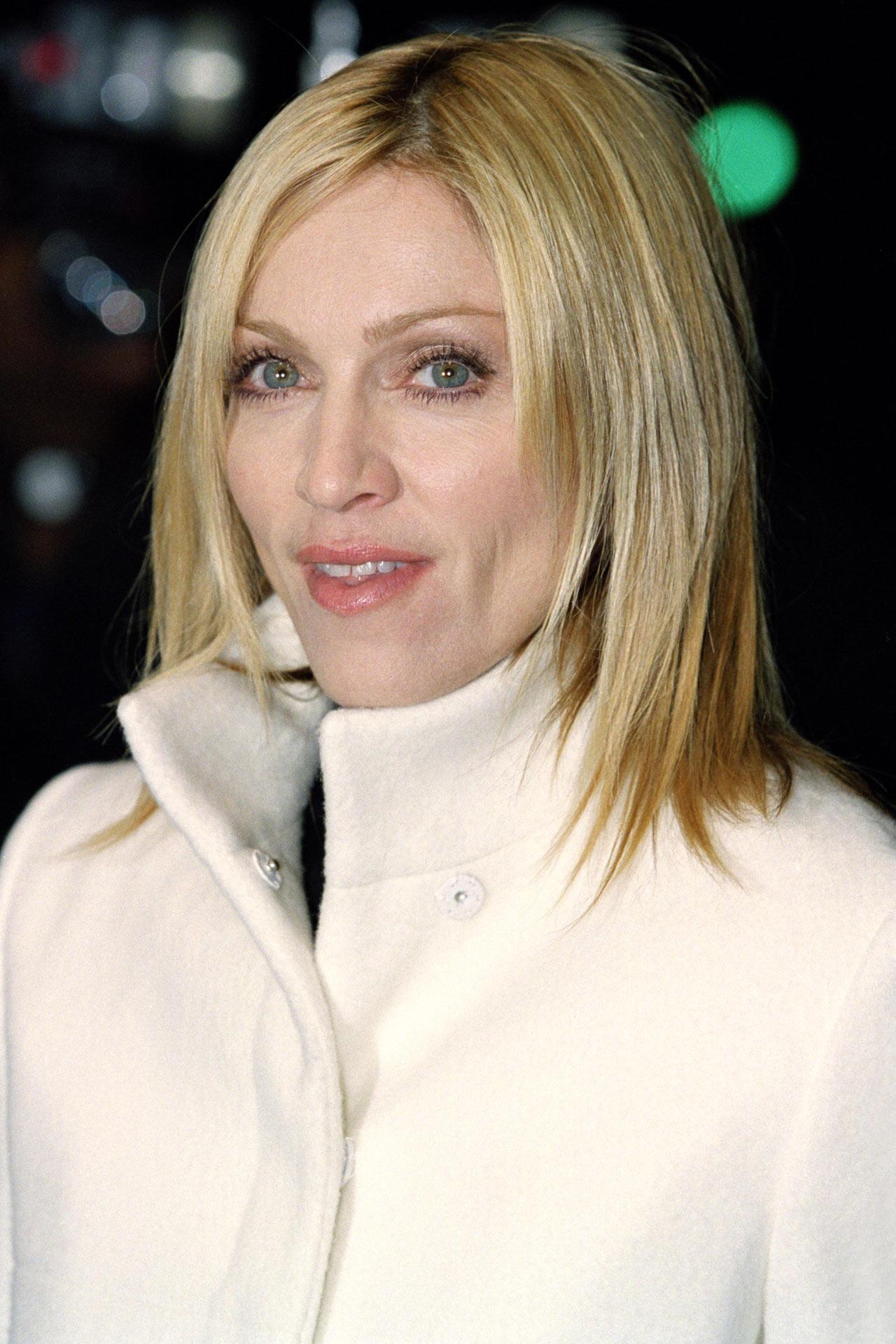 Мадонна 2001 год
