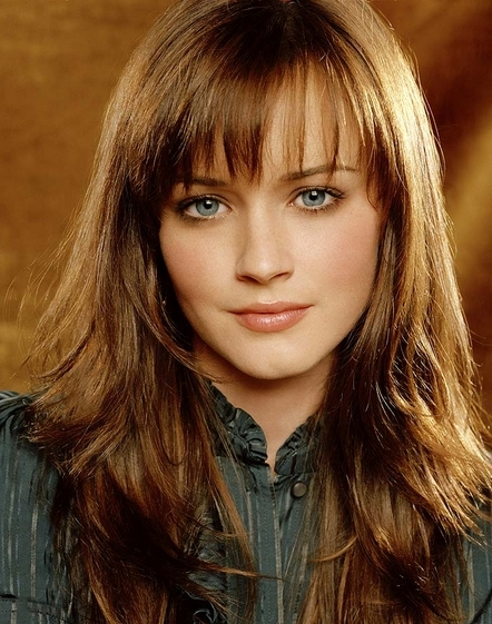 GILMORE GIRLS IMAGE: GG7-0413 PICTURED: ALEXIS BLEDEL AS RORY GILMORE PHOTO CREDIT: MARK LIDDELL/THE CW © 2006 THE CW NETWORK, LLC. ALL RIGHTS RESERVED.
