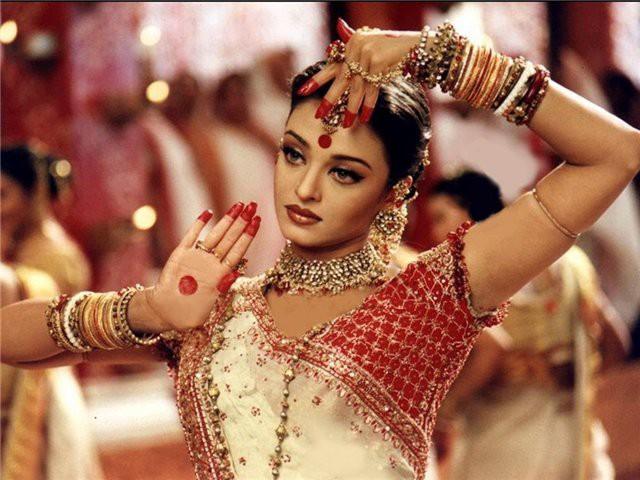 Традиционные прически Индии фото 3
