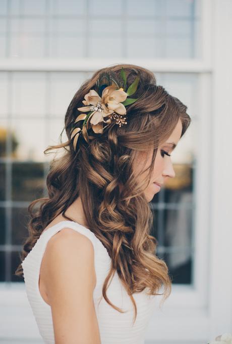 цветы в волосах фото 2