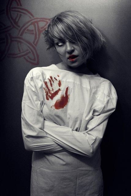 Пациентка психбольницы
