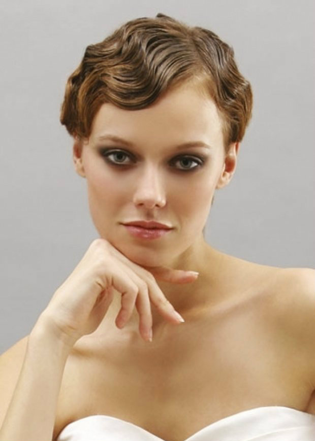 локоны на коротких волосах