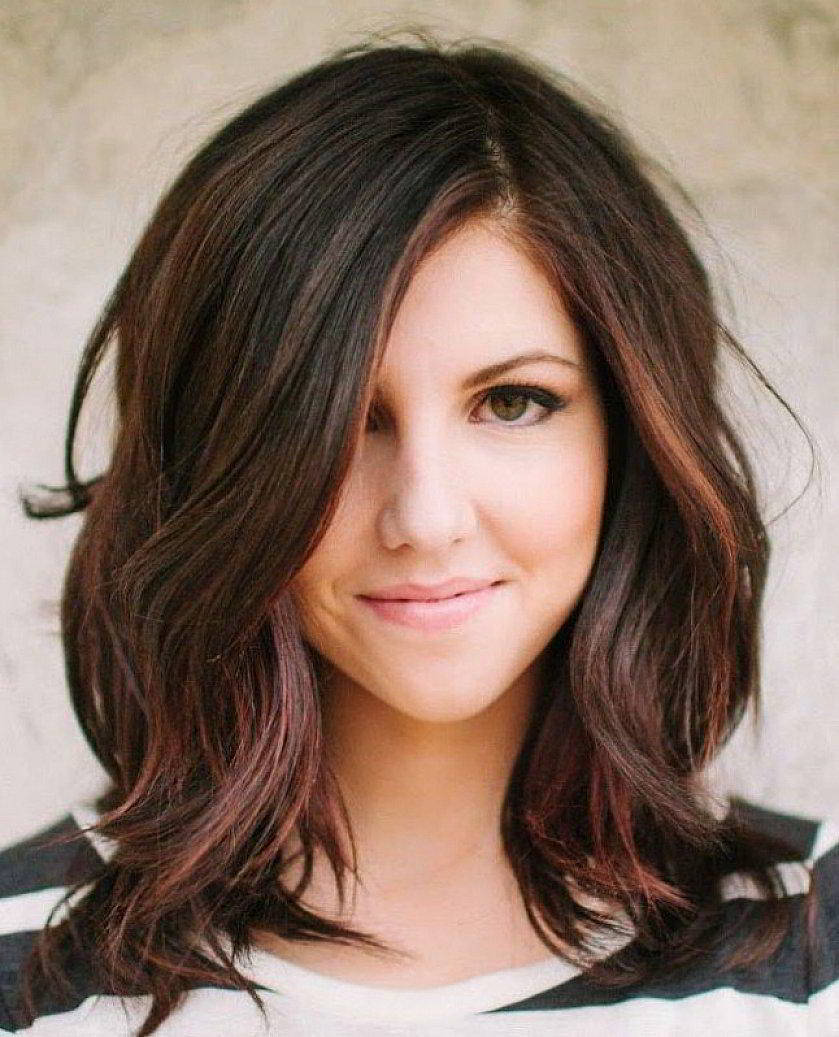 Фото стрижки средняя длина волос