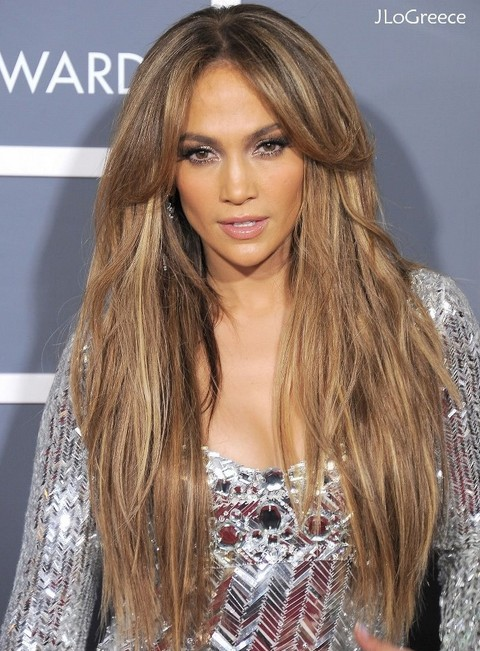 Jennifer-Lopez-Hairstyles-Fantastic-Fluffy-Straight-Haircut-with-Center-parted-Bangs
