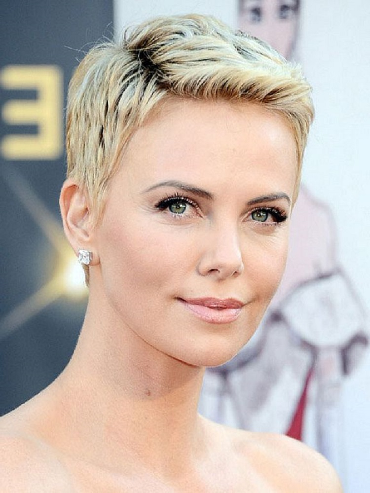 Very-Short-Pixie-Haircuts-for-Women