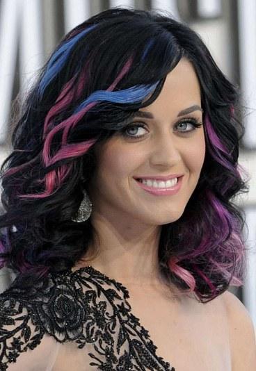 tie-dye-hair-trend-163727_L