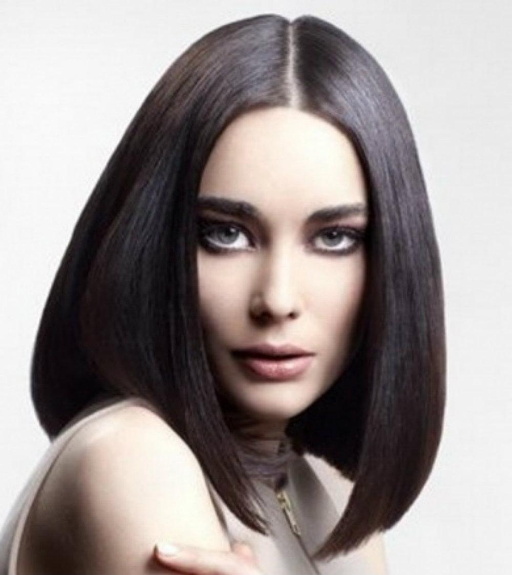 Прически на черные длинные волосы без челки