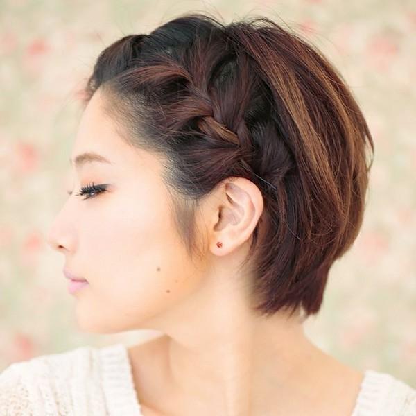 Французские косички на коротких волосах: фото 1