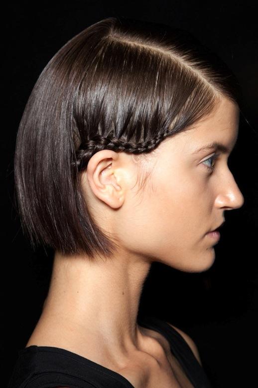 Косички на короткие волосы: фото 10