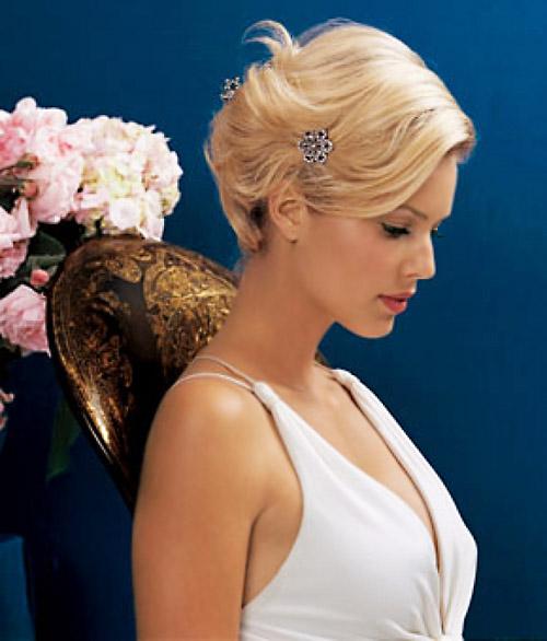 свадебные прически на короткие волосы: фото 33