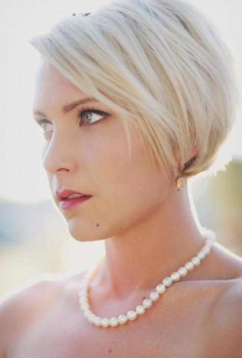 свадебные прически на короткие волосы: фото 64