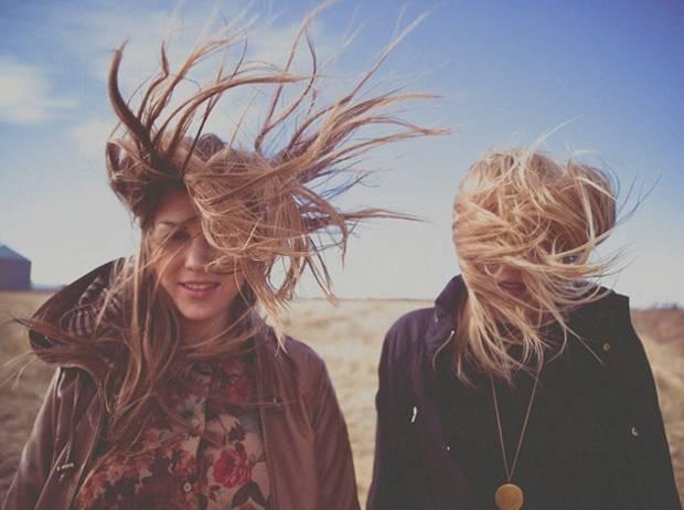 прически в ветреный день