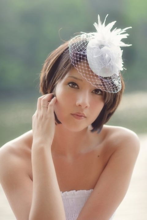 свадебные прически на короткие волосы: фото 39
