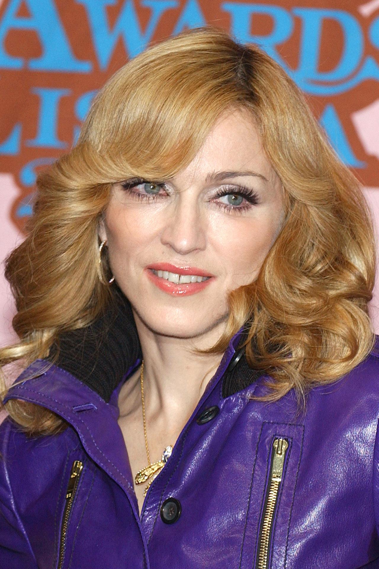 Мадонна 2005 год
