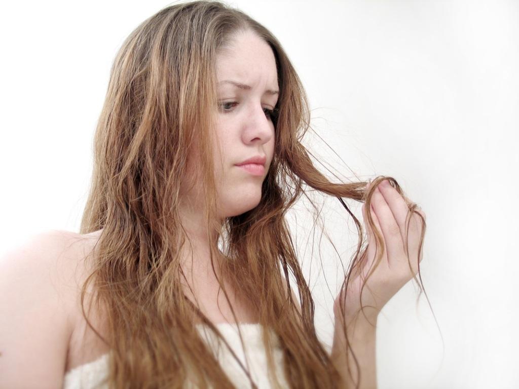 неопрятные волосы