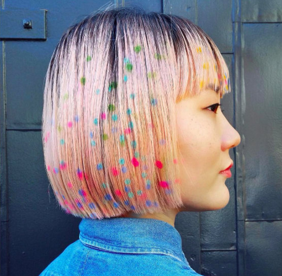 Рисунки на волосах: брызги шампанского