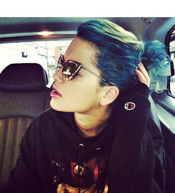 Цветные волосы знаменитостей: фото 49