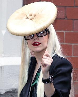 Леди Гага 2009 фото 2