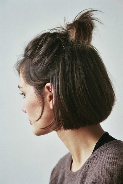 укладка на короткие волосы фото 10.1