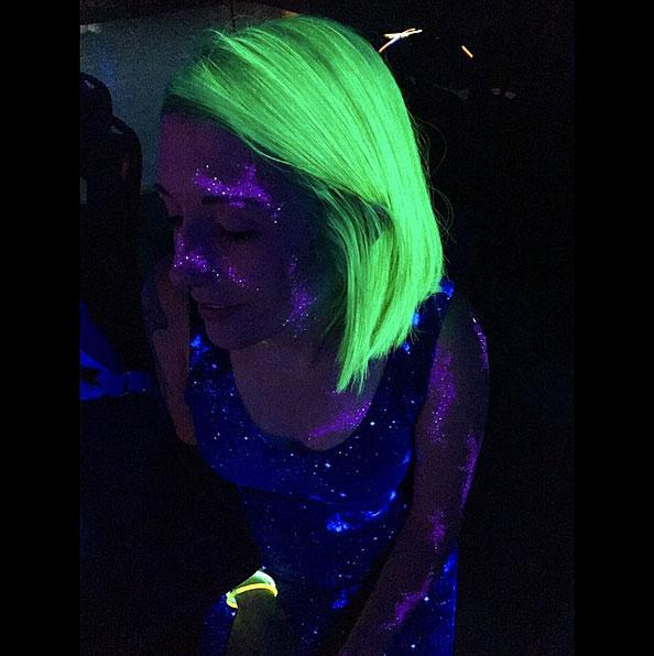 светящиеся волосы: фото 24